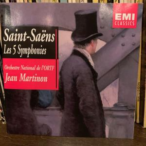 サン=サーンス交響曲集。