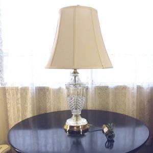 アメリカ製 アーリーアメリカン  クリスタル テーブルランプ