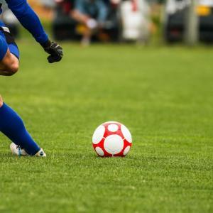 サッカーのフリーキックみたいな芸術的な要素があるプレーって野球にあるの?