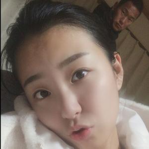 【画像】元サッカー北朝鮮代表、鄭大世(チョンテセ)の奥さんが美人すぎる件!