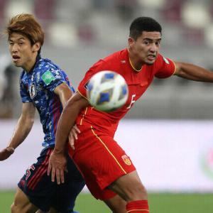 サッカー中国代表、崩壊www