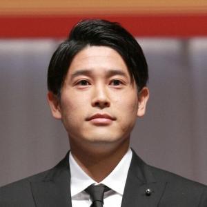 """内田篤人さん、低迷するサッカー界で""""独り勝ち""""している模様w"""