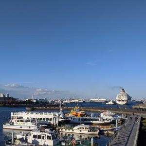 横浜の港はなんかかっこいいなぁ。