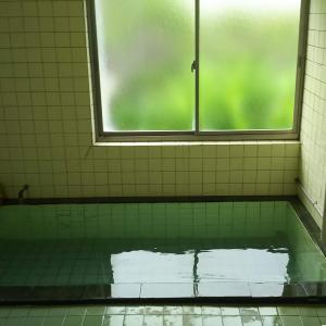 箱根?エリアの穴場温泉と思っていたけど結構人がいた「小田原温泉 八里」さん