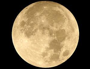 今日11月12日は金運を司るおうし座の満月