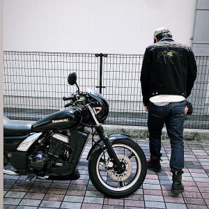 常連さんバイクでご来店。バイクもおしゃれしたらめっちゃカッコいい!