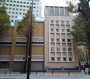 講堂の窓 神田(東京)