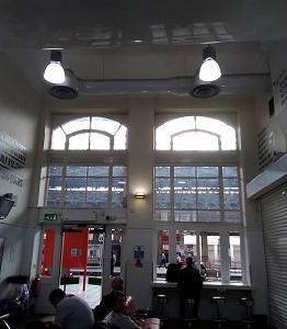 駅の窓 プレストン(イギリス)