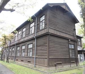学校の窓 目白(東京)
