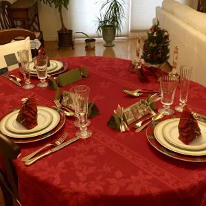 クリスマスディナ−2019-メインはコーニッシュ・ゲーム・ヘン!