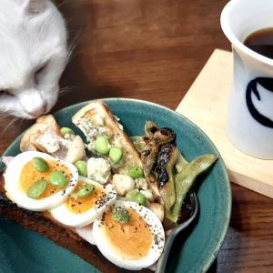 《 お好みスティックトースト 》魚焼きグリルでロースト枝豆ペペロンチーノ風&お好み具材
