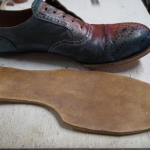 マッケイ製法の靴の修理 本底貼り〜ヒール付け