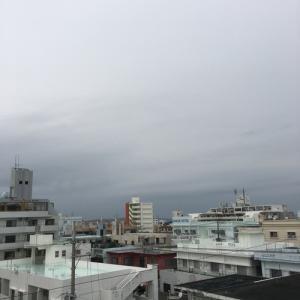 17℃の小雨模様@グッドモーニング!Tuesday コザ♪