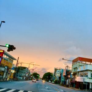28℃雲の多い晴れ空@グッドモーニング!Saturday コザ♪