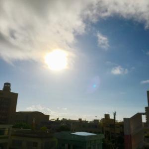 27℃雲の多い晴れ空@グッドモーニング!Thursday コザ♪