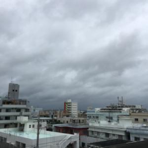 コロナ禍のゴールデンウィークスタート!22℃の曇り空@グッドモーニング!Thursday コザ♪