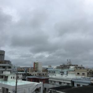 24℃の曇り空@グッドモーニング!Friday コザ♪