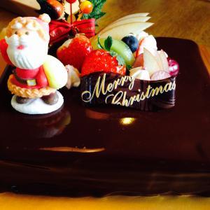 クリスマスケーキ予約受付中です。