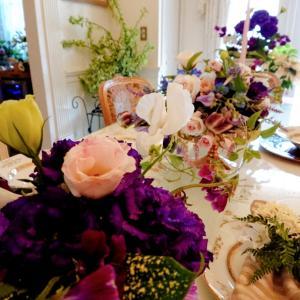 おもてなしサロンのテーブル花❤️