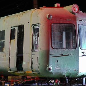 戸袋窓が割れていた青ガエル5000系5006号車