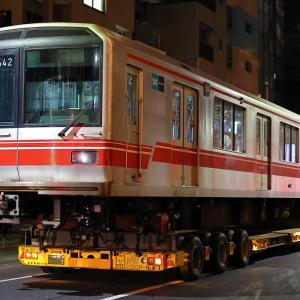 東京メトロ丸ノ内線02系02ー142F 02ー642号車陸送