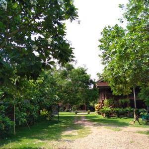 ルアンパバーン、ビエンチャン、バンコクの旅−59、ビエンチャン、「Lao Textile musium」へ。