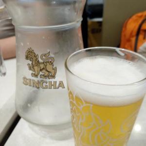 ルアンパバーン、ビエンチャン、バンコクの旅−94、バンコク、スワンナプーム空港で飯を食う。