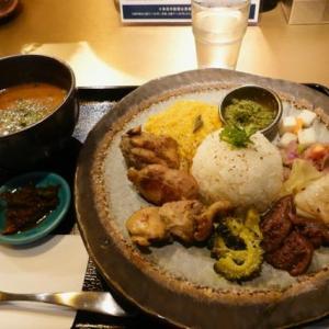 大阪、長堀橋、「食堂チリン」のスパイスランチ。