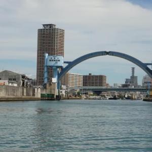 大阪遊、今に残る8つの渡船を全部歩いて巡って見る。05ー甚兵衛渡船を渡る。