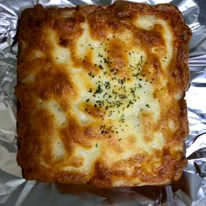 人気店 パンコリス クロックムッシュとひよこ豆のカレーパン
