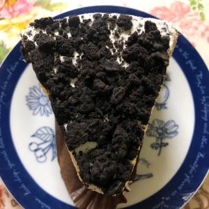 【季節のおすすめ】スターバックス クッキー&クリームシフォンケーキ