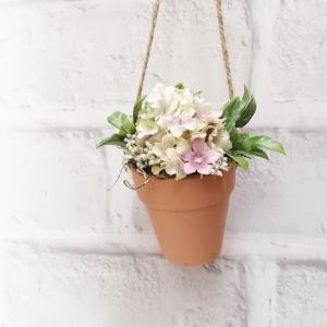 またまたアーティフィシャルフラワーの植木鉢ミニアレンジ。