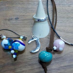 昨日の体験のお客様は、シルバーととんぼ玉を 銀とガラスのアクセサリー教室工房銀 岡山県赤磐市