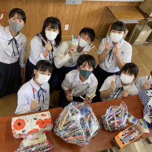【 和泉市立南池田中学校様】より2004個の文房具が届きました