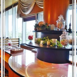 ☆ホテルでかき氷&ボルドーのスカート♪*:..。o○☆