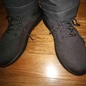 新しい靴が来ました