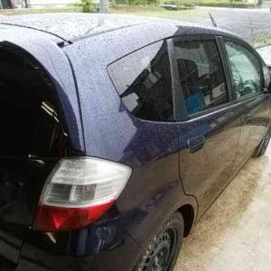 フィット 雨洗車