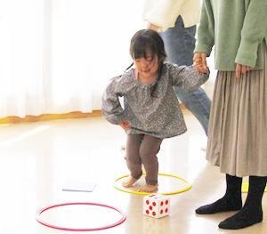 ◆ちょきちょきぺたぺた こんな風に遊んでみました(2/17あんよさんクラス②)