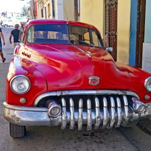 50年代クラッシック車・・・タクシー代わりに乗れる キューバ