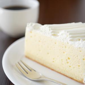 今日は、水瓶座で満月です!レアチーズケーキで親しみやすさ手にして人間関係を良好に