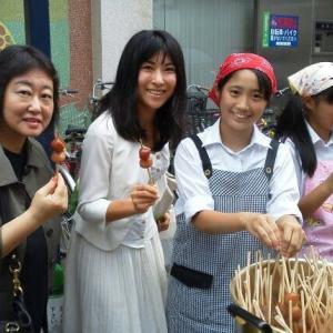 本日は15時より【だがしや楽校@蒲田西口駅前広場】長井市の美味しさと子ども達の笑顔に逢いに行こう