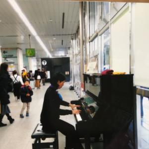 プラチナさんのストリートピアノ