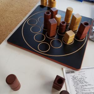 ボードゲーム「クアルト!」で遊んだので作ります(作ります?)