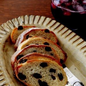 やっと・・ドライフルーツのパン♪