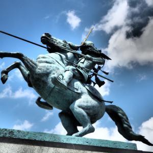 騎馬像の写真