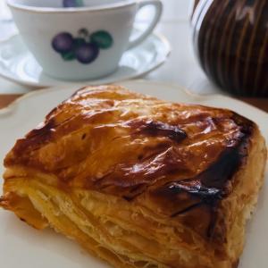 朝食に焼きたてパイから思ったこと