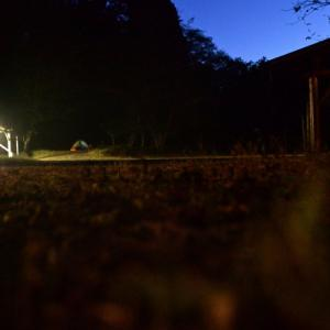 【週末の道志はカオス】 さんざん彷徨ったすえ飛び込みで見つけた静かなキャンプ場