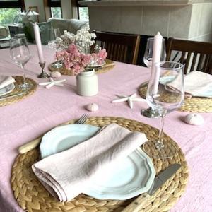 【フランス・海辺の町でランチのテーブル】