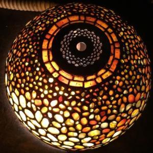 花のランプに灯を入れて