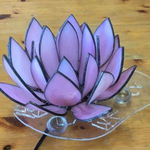蓮の花のランプ完成です!